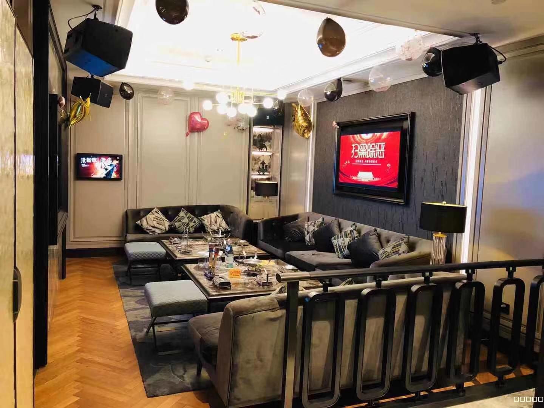 重庆翡翠明珠KTV室内装修豪华气派让顾客有不错的体验