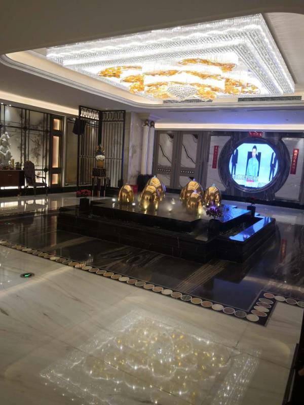 深圳南山区阿曼尼商务ktv人气很旺十分受本地人的欢迎