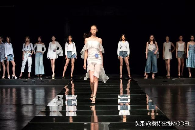 深圳市罗湖区金钻商务ktv十分高端设计风格各式各样