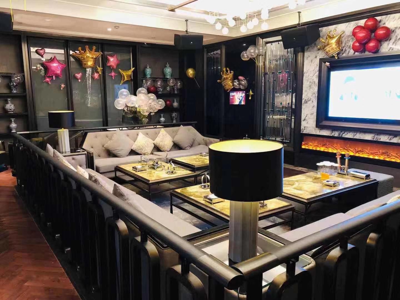 深圳市新世纪国际公馆ktv备受年轻顾客的喜欢